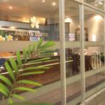 タイ航空利用:スリランカのコロンボ空港でアラリヤラウンジと、夜の空港内の様子